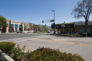 Downtown Menlo Park. (Wikipedia)